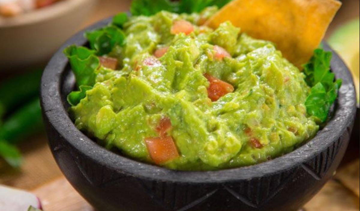 Guacamole – reteta simpla si gustoasa care te va face sa profiti din plin de avantajele oferite de avocado
