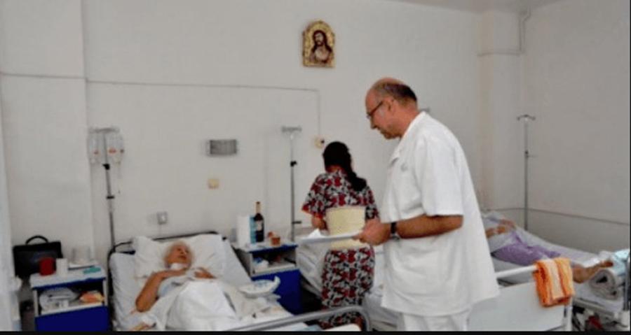 Deși este un simplu muritor, el dăruiește viață pacienților. Chirurgul român care a uimit lumea medicală mondială